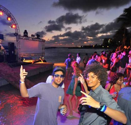 Cabana Beach Club Bar