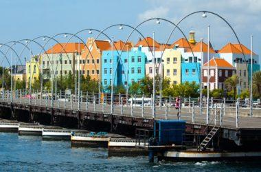img-pontoon-bridge.jpg