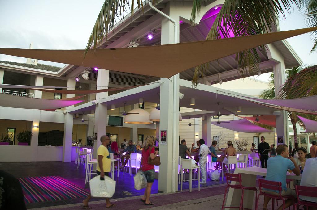 papagayo-bar